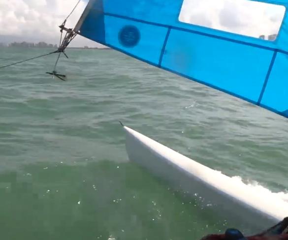 Velejar: apenas você, o mar e o vento