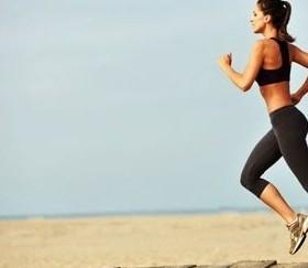 mulher-corrida-dieta-emagrecer-praia-17894-280x250