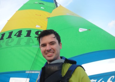 Assista a velejada de James Dubeux Rafffety no Hobie Cat!