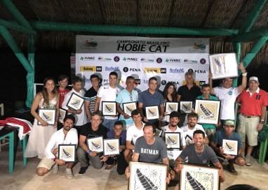 Brascat 2016 tem Cláudio Teixeira e Bruno Oliveira Campeões no Hobie Cat 16 e Fábio Espinar no Hobie Cat 14!