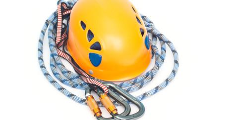 dreamstime-capacete-e-corda-de-seguranc3a7a