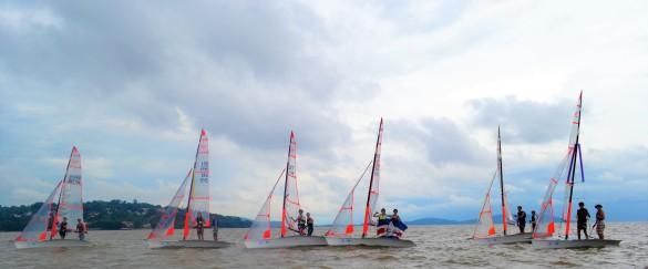 Flotilha do Jangadeiros terá 6 barcos no Sul-Americano de 29er. Foto André Alves de Oliveira