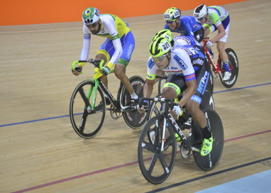 Gideoni Monteiro garante o pódio no Estadual de Ciclismo de Pista do Rio de Janeiro