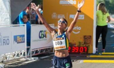 Pernambucana Mirela Saturnino é vice-campeã na Maratona Internacional do Rio de Janeiro