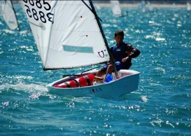 Roberto Cardoso é 2º melhor brasileiro do Norte-Americano de Optimist após 5 regatas