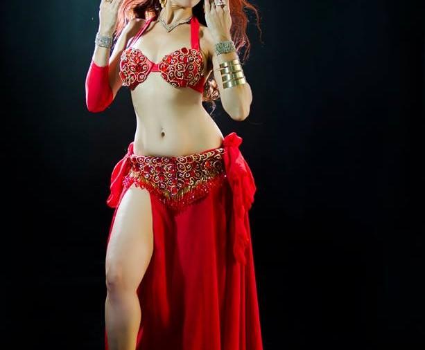 25 de Setembro foi o Dia da Dança e da Música Àrabe(رقص شرقي): conheça a cultura através de Simone Mahayla