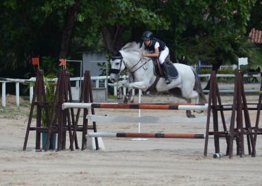 As disputas do Circuito hípico Ranking Federação Equestre de Pernambuco (FEP) nas categorias Jovem Cavaleiro e Pré-Mirim seguem acirradas.