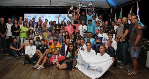 Felipe Frey e Ícaro da Macena são campeões brasileiros no Hobie Cat 16 e Adam Mayerle leva o título no Hobie Cat 14