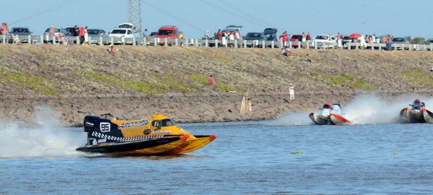 Fernando Degiamma ganó el GP de Santiago del Estero de la F1 Powerboat