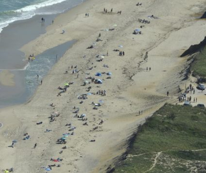 Brazilian dies after beach shark attack in the United States