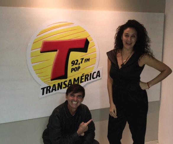 Programa Transamérica Ação e Aventura da sexta-feira,, 10 de Maio, entrevistando a Atriz Nínive Caldas,falando sobre a carreira de Modelo, foi sucesso!