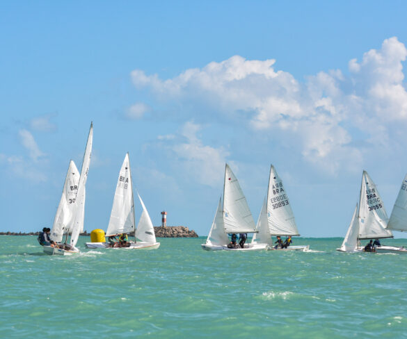 O Campeonato Pernambucano de Snipe iniciou no último final de semana, na Bacia do Pina em Recife.